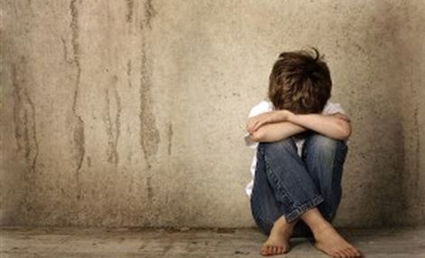 نجم كبير يكشف تعرضه للتحرش الجنسي في طفولته!