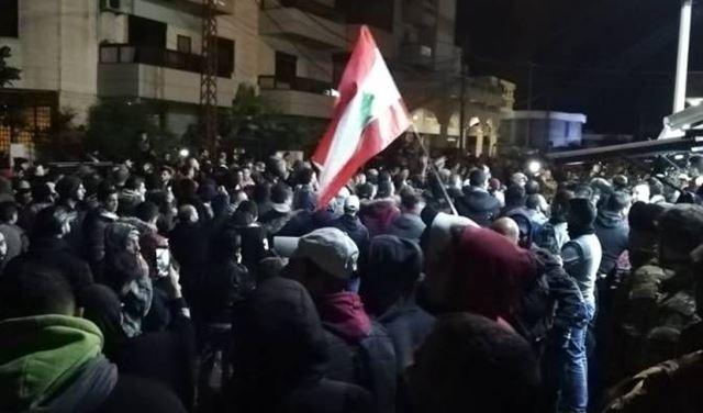 اصابة عسكريين وتوقيف متظاهرين في إشكال طرابلس