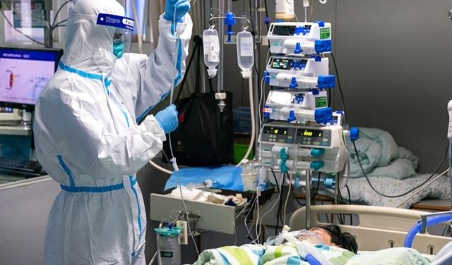 """أول حالة وفاة بفيروس """"كورونا"""" في بكين"""