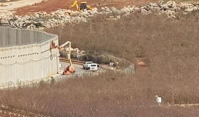 اعمال صيانة لإسرائيل عند محلة العبارة قبالة كفركلا