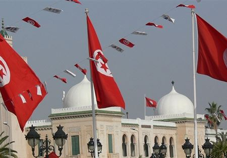 فنجان قهوة يعطل البرلمان التونسي نصف ساعة