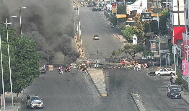 تعرض مواطن لطعنات لمحاولته المرور في ميرنا الشالوحي