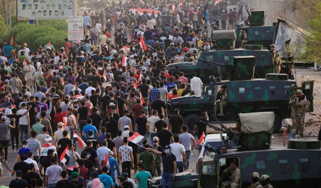 الجيش العراقي للمتظاهرين: سنحميكم