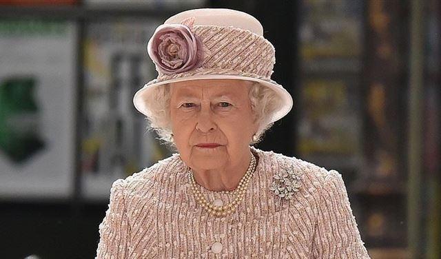 رسالة تعزية من ملكة بريطانيا الى عون