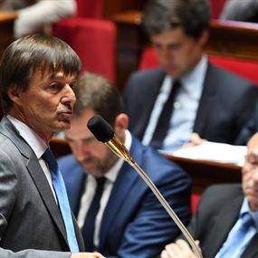 خلال خطابه في البرلمان وزير البيئة الفرنسي يفقد الوعي