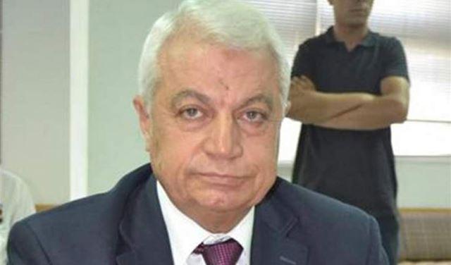 """قبل يوم من """"طرح الثقة"""".. رئيس بلدية طرابلس يُنقل الى المستشفى"""