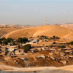 """إسرائيل """"تؤجل"""" هدم قرية الخان الأحمر"""