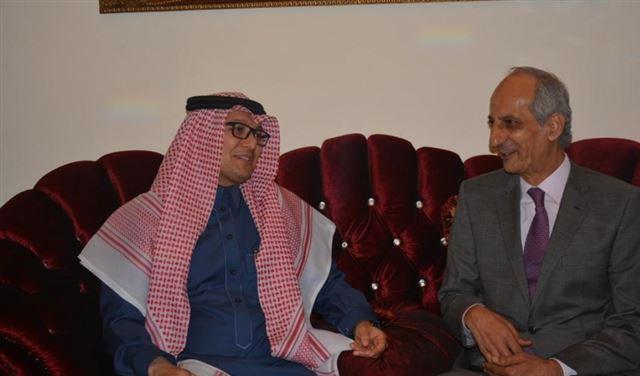 البخاري توقع زيارة اكثر من 300 ألف سعودي للبنان