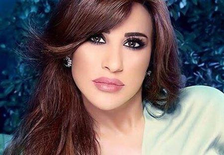 بعد الأحداث الأخيرة في لبنان..نجوى كرم تغرد!